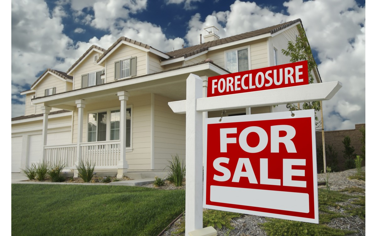 Do You Lose Everything in a Foreclosure? a Guide to Your Foreclosure Rights